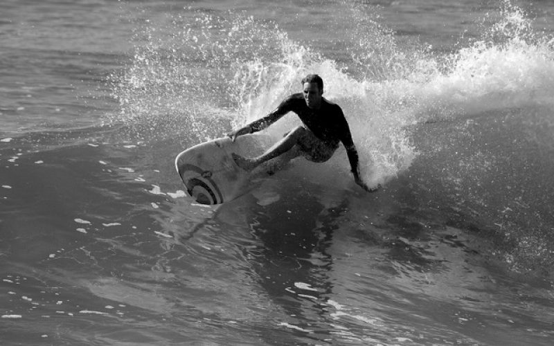Brad Weare – the real deal in longboard surfing