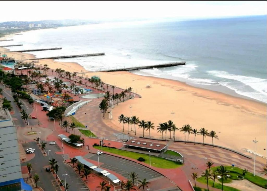 Lockdown pictures – Durban South Beach